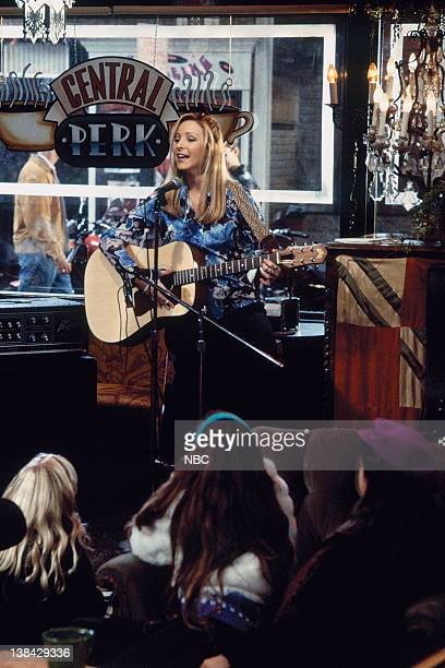 FRIENDS 'The One After the Superbowl' Episode 12 Pictured Lisa Kudrow as Phoebe Buffay
