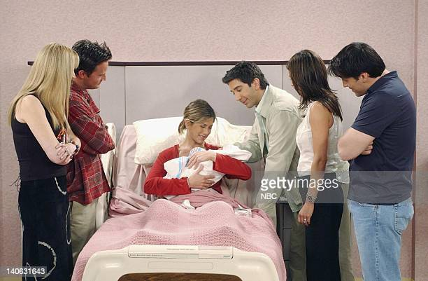 FRIENDS 'The One Where Rachel Has A Baby Part 2' Episode 24 Aired 5/16/2002 Pictured Lisa Kudrow as Phoebe Buffay Matthew Perry as Chandler Bing...