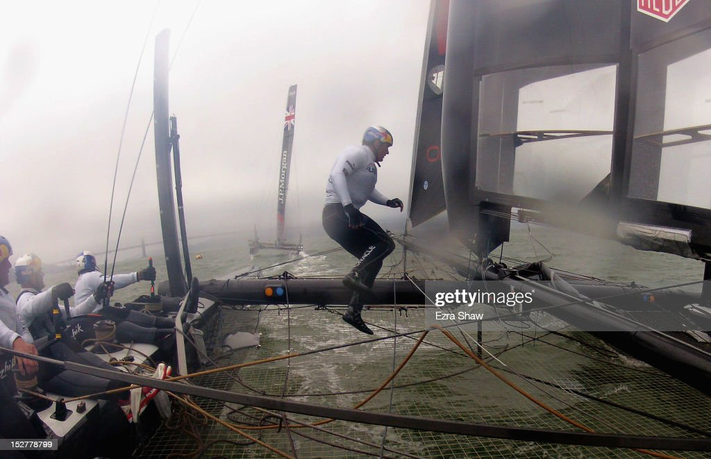 The Oracle Racing Team skippered by James Spithill trains on a AC45 in the San Francisco Bay on September 25 2012 in San Francisco California The...