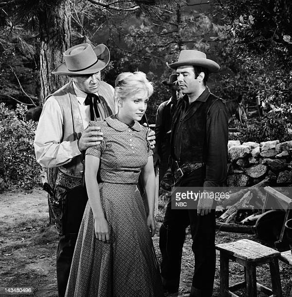 BONANZA 'The Outcast' Episode 17 Aired 1/9/60 Pictured Lorne Greene as Ben Cartwright Susan Oliver as Leta Malvet Pernell Roberts as Adam Cartwright