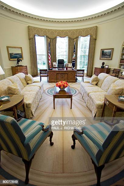 The Oval Office of the White House February 29 2008 in Washington DC the US President traditionally sit in the chair to the left and the visiting...