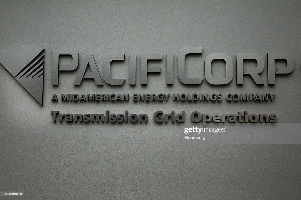 berkshire hathaways pacificorp aqusitcion Berkshire hathaway's pacificorp aqusitcion warren e buffett, 2005 1 what is the possible meaning of the changes in stock price for berkshire hathaway and scottish power plc on the day of the acquisition announcement.