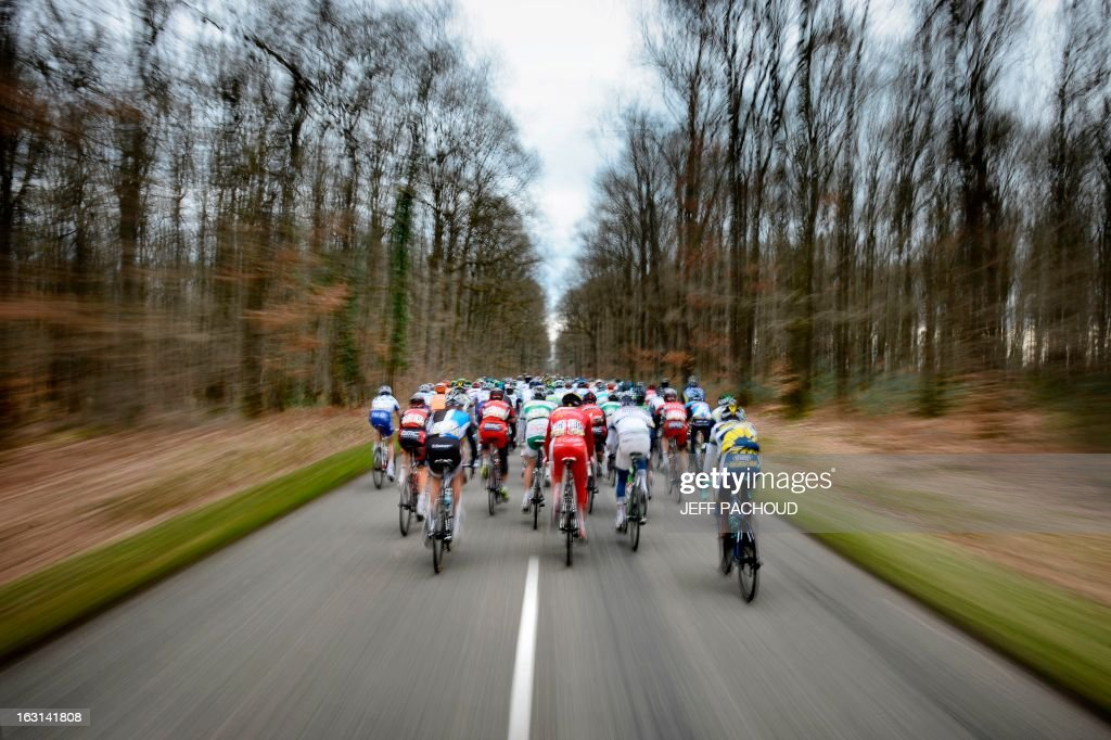 The pack rides during the second stage of the 71st Paris-Nice cycling race between Vimory and Cerilly, on March 5, 2013. AFP PHOTO / JEFF PACHOUD