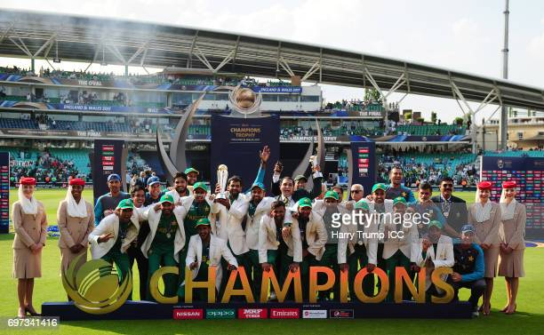 The Pakistan side pose with the trophy after the ICC Champions Trophy Final match between India and Pakistan at The Kia Oval on June 18 2017 in...