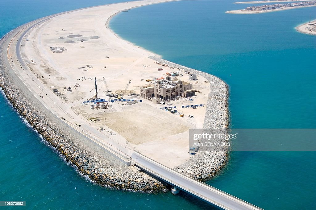 dubai palm island essay The burg dubai, palm island, and the ski resort stand testimony to the huge 40 pages (10000 words) essay the history and geography of uae and dubai (a city of uae.