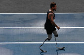 The paralympic athlete Alan Fonteles of Brazil warms up during the 'Mano a Mano' challenge at the Quinta da Boa Vista on June 5 2016 in Rio de...