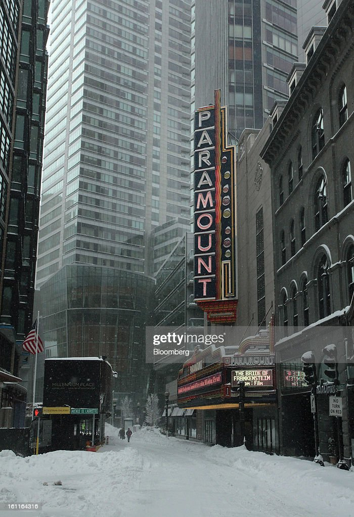 The Paramount Theatre stands after Winter Storm Nemo in Boston, Massachusetts, U.S., on Saturday, Feb. 9, 2013. More than two feet of snow fell on parts of the U.S. Northeast as high winds left hundreds of thousands of people in the region without power, closed highways and forced the cancellation of 4,700 flights. Photographer: Brian Sullivan/Bloomberg via Getty Images