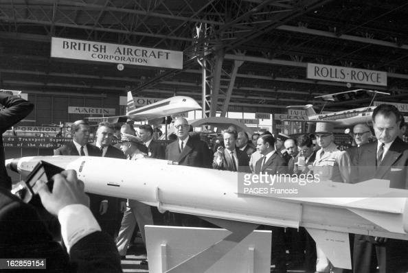 The paris air show 1963 pictures getty images for Salon de l aviation le bourget
