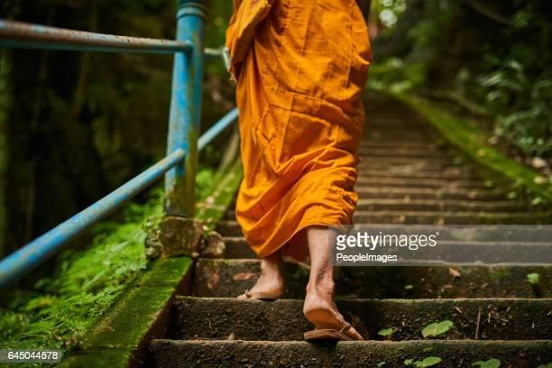 Der Weg zur Erleuchtung besteht aus vielen Schritten
