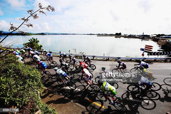 The peleton make their way out of Riverton during stage 3 the Tour of Southland on November 5 2014 in Invercargill New Zealand