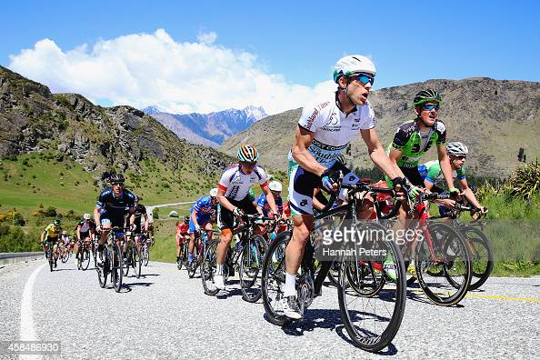 The peleton make their way to Coronet Peak during stage 4 of the Tour of Southland on November 6 2014 in Invercargill New Zealand