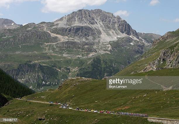 The peloton climbs the Col d'Iseran during stage 9 of the 2007 Tour de France from Vald'Isere to Briancon on July 17 2007 in Val D'Isere