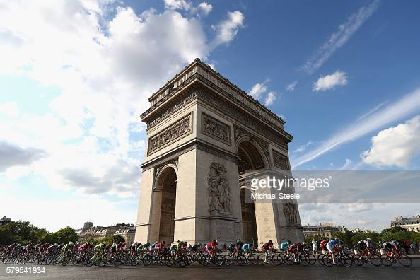 The peloton cycle past The Arc de Triomphe during stage twenty one of the 2016 Le Tour de France from Chantilly to Paris ChampsElysees on July 24...