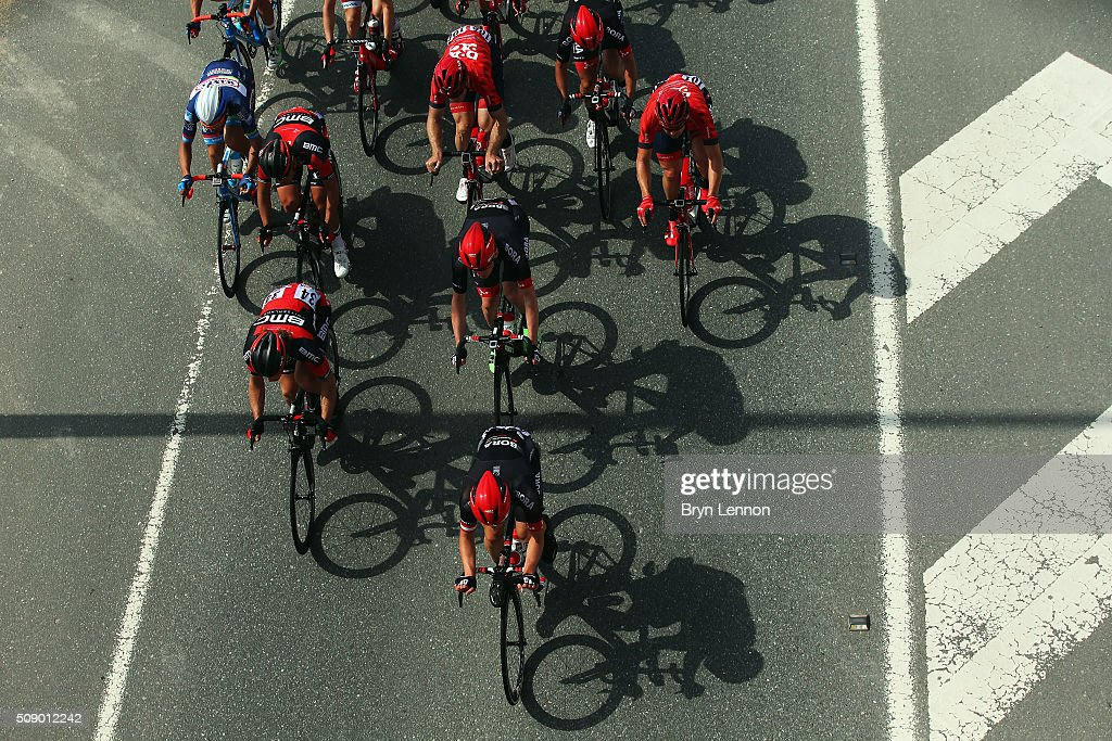 The peloton heads under a bridge on stage one of the 2016 Tour of Qatar, a 176.5km road stage from Durkhan to Al Khor Corniche on February 8, 2016 in Al Khor Corniche, Qatar.
