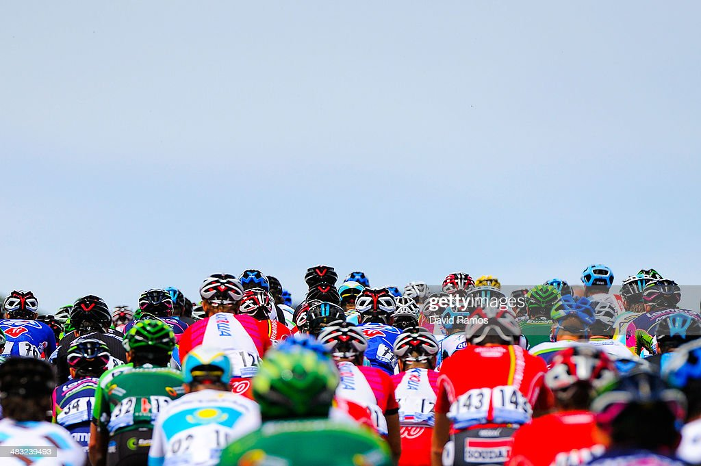 The Peloton heads up Alto de Lazkaomendi during the Stage One of Vuelta al pais Vasco 2014 on April 7, 2014 in Beasain, Spain.