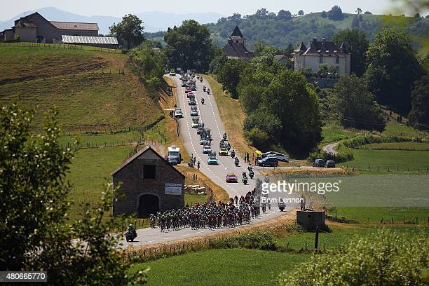 The peloton makes its way through stage ten of the 2015 Tour de France a 167 km stage between Tarbes and La PierreSaintMartin on July 14 2015 in La...