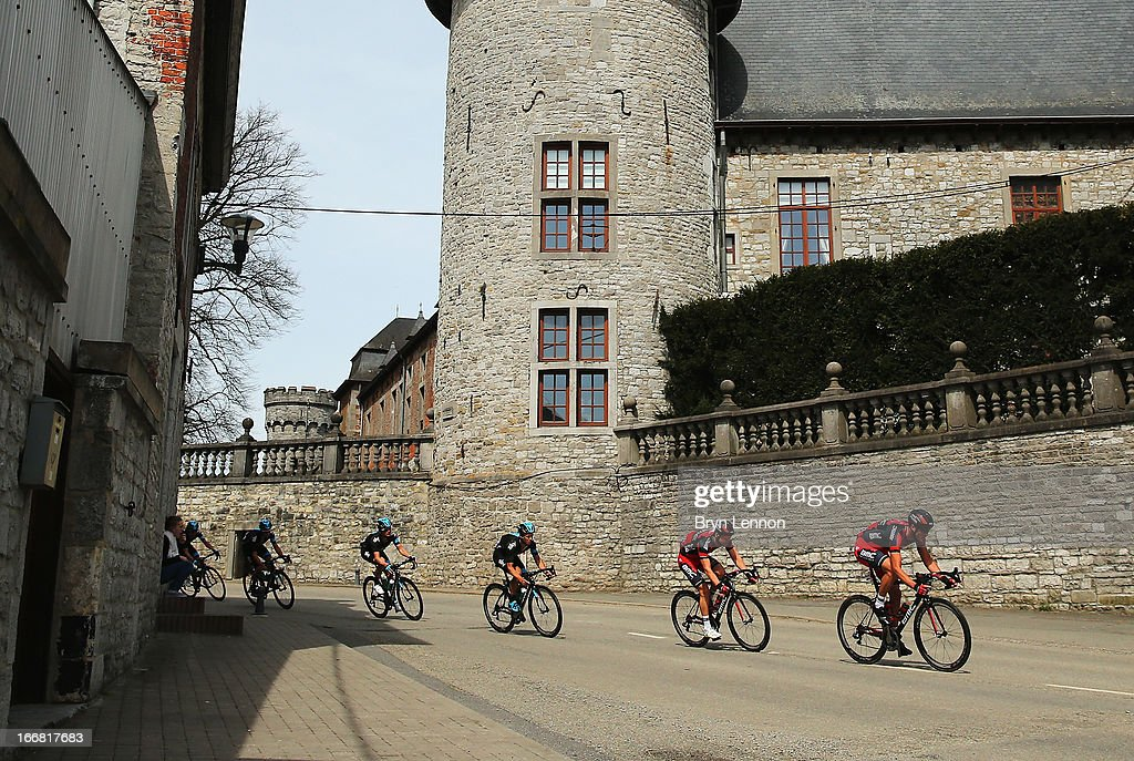 The peloton makes it's way through the Belgian Countryside during the 77th edition of La Fleche Wallonne cycle race from Binche to Huy on April 17, 2013 in Huy, Belgium.