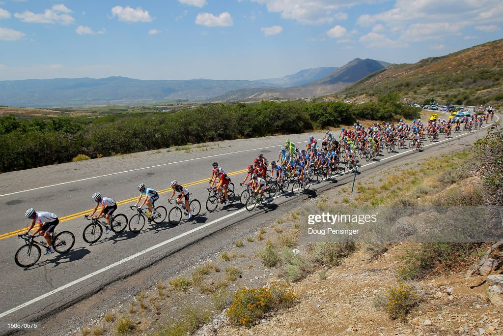 The peloton makes the climb to Blue Mesa Summit during stage two of the USA Pro Challenge from Montrose to Crested Butte on August 21, 2012 in Sapinero, Colorado.