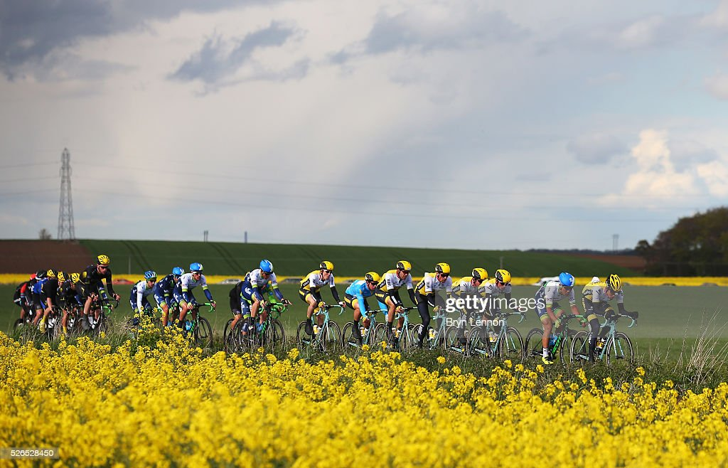 The peloton ride during the second stage of the 2016 Tour de Yorkshire between Otley and Doncaster on April 30, 2016 in Doncaster, England.