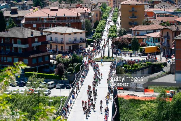 The peloton rides during the 15th stage of the 100th Giro d'Italia Tour of Italy cycling race from Valdengo to Bergamo on May 21 2017 / AFP PHOTO /...