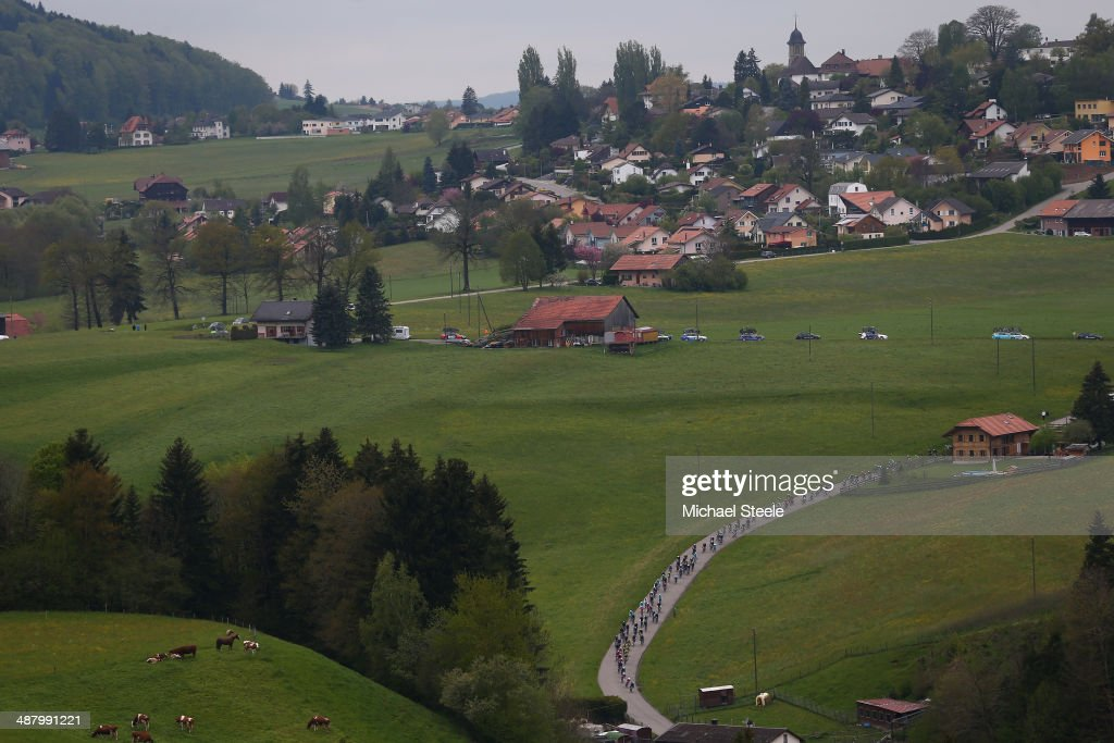 The peloton stretch out during stage four of the Tour de Romandie from Fribourg to Fribourg on May 3, 2014 in Fribourg, Switzerland.