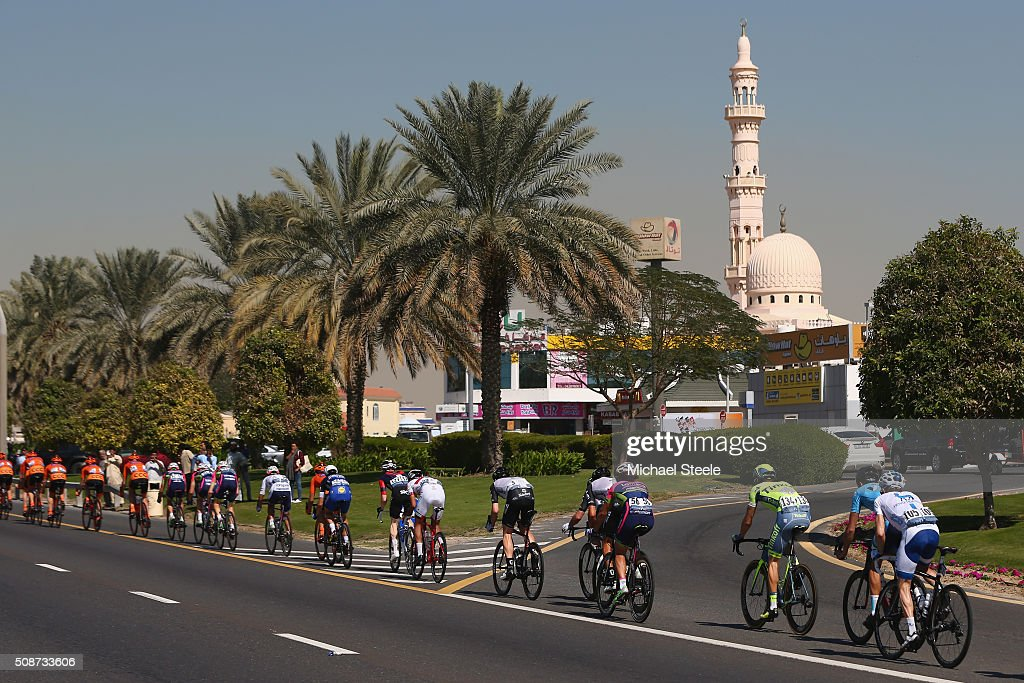 The peloton weaves its way past a mosque during the Business Bay Stage Four of the Tour of Dubai on February 6, 2016 in Dubai, United Arab Emirates.