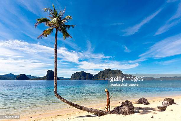The Philippines, Palawan Province, El Nido, tropical beach.