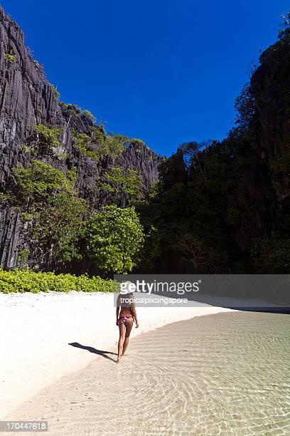 The Philippines, Palawan Province, El Nido, tropical beach.