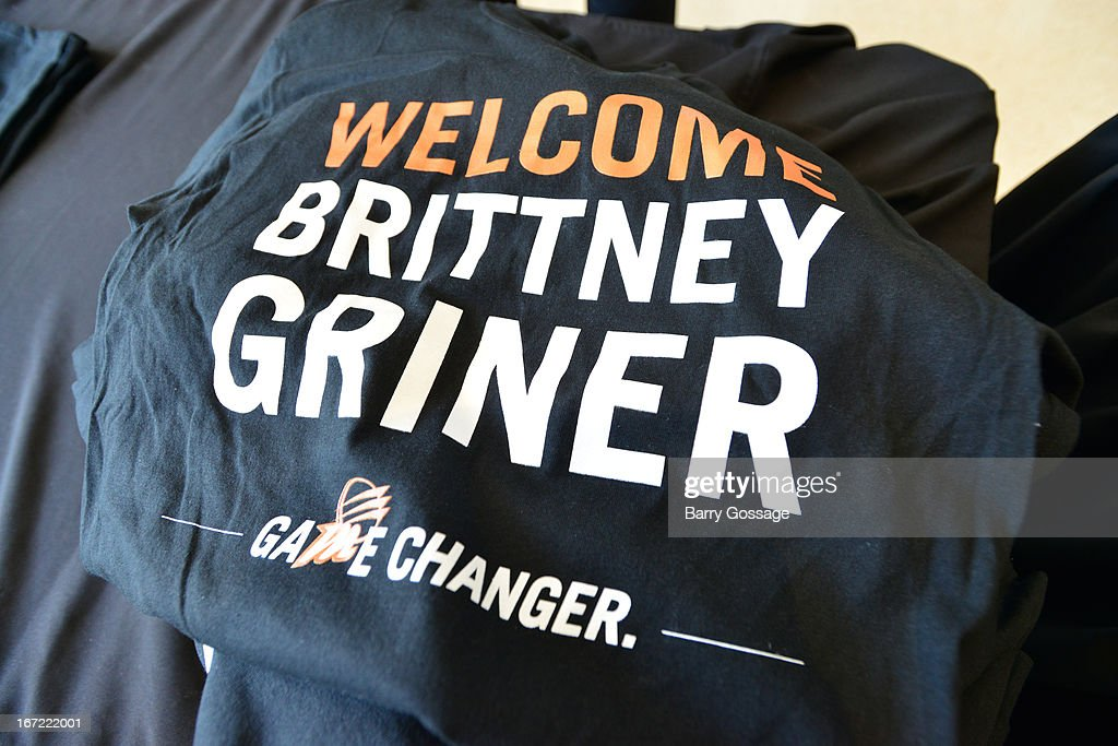 The Phoenix Mercury welcome <a gi-track='captionPersonalityLinkClicked' href=/galleries/search?phrase=Brittney+Griner&family=editorial&specificpeople=6836945 ng-click='$event.stopPropagation()'>Brittney Griner</a> #42 of the Phoenix Mercury on April 20, 2013 at U.S. Airways Center in Phoenix, Arizona.