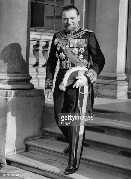 The picture shows italien ambassador and former foreign minister Dino Grandi at the italien embassy He is on his way to the Buckingham Palace 1937...
