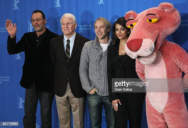 The 'Pink Panther' Aishwarya Rai Bachchan director Harald Zwart Steve Martin and Jean Reno attend the photocall for 'Pink Panther 2' as part of the...