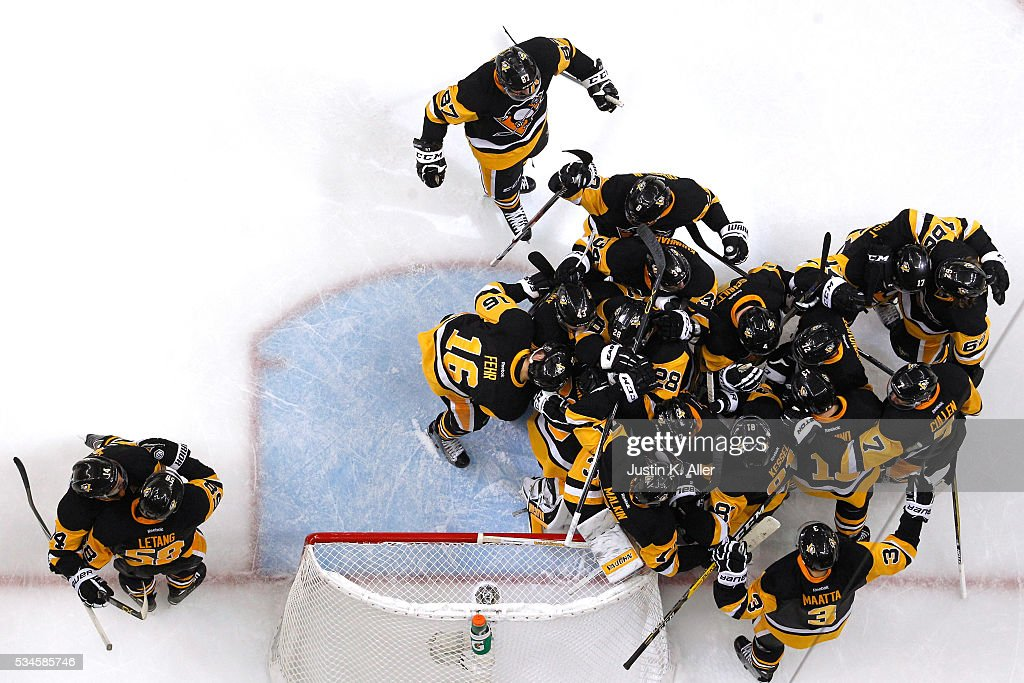 The Pittsburgh Penguins celebrate after defeating the Tampa Bay Lightning in Game Seven of the Eastern Conference Final with a score of 2 to 1 during the 2016 NHL Stanley Cup Playoffs at Consol Energy Center on May 26, 2016 in Pittsburgh, Pennsylvania.