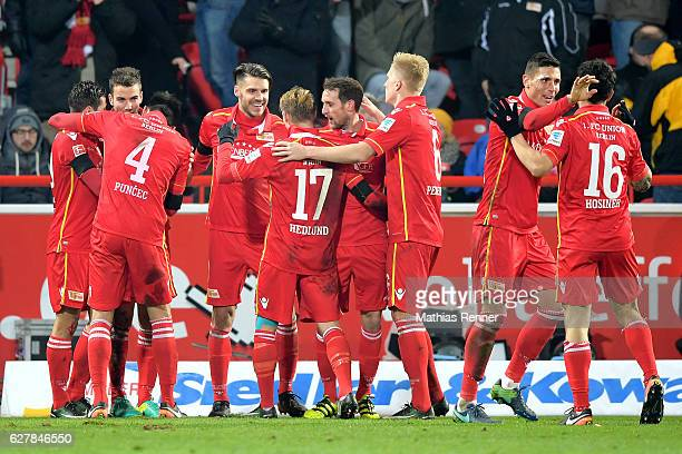 The players of 1 FC Union Berlin celebrate after scoring the 20 during the game between dem 1 FC Union Berlin and Eintracht Braunschweig on december...