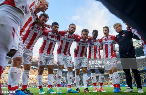 The players of AaB Aalborg huddle prior to the Danish Alka Superliga match between Brondby IF and AaB Aalborg at Brondby Stadion on September 17 2017...