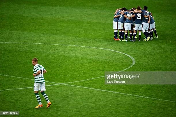 The players of AGF Aarhus huddle before the second half during the Danish Alka Superliga match between Viborg FF and AGF Aarhus at Energi Viborg...