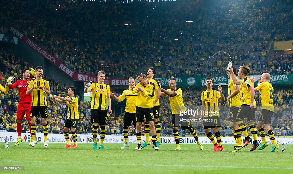 The players of Borussia Dortmund celebrate after the Bundesliga match between Borussia Dortmund and SV Darmstadt 98 at Signal Iduna Park on September 17, 2016 in Dortmund, Germany.