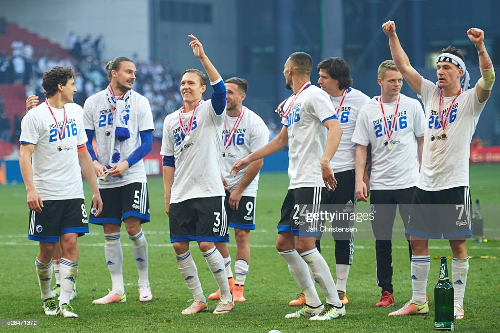 The players of FC Copenhagen celebrate after the DBU Pokalen Cup Final match between AGF Arhus and FC Copenhagen at Telia Parken Stadium on May 05, 2016 in Copenhagen, Denmark.