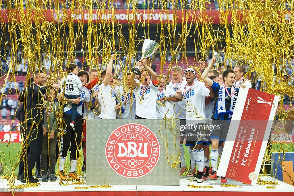 The players of FC Copenhagen celebrating after the DBU Pokalen Cup Final match between AGF Arhus and FC Copenhagen at Telia Parken Stadium on May 05, 2016 in Copenhagen, Denmark.
