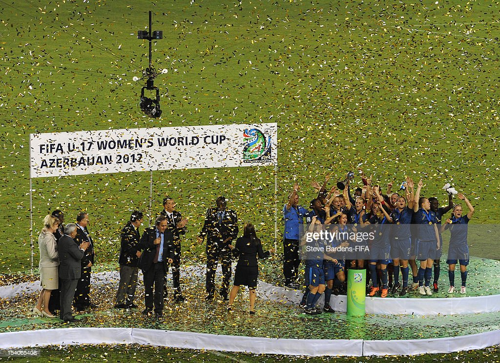 The players of France celebrate with the trophy after victory in the FIFA U-17 Women's World Cup 2012 Final between France and Korea DPR at the Tofig Bahramov Stadium on October 13, 2012 in Baku, Azerbaijan.
