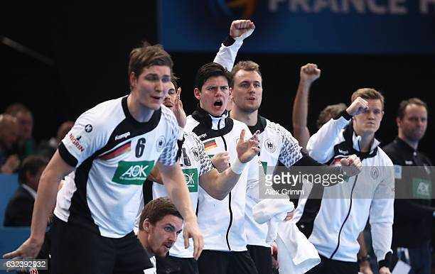 The players of Germany celebrate during the 25th IHF Men's World Championship 2017 Round of 16 match between Germany and Qatar at Accorhotels Arena...