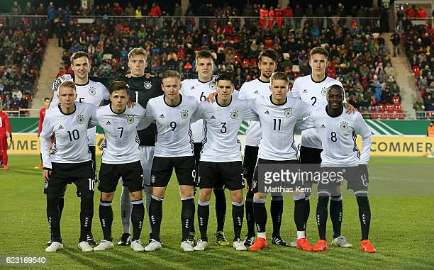The players of Germany pose prior to the U20 international friendly match between Germany and Poland at Westsachsenstadion on November 14 2016 in...