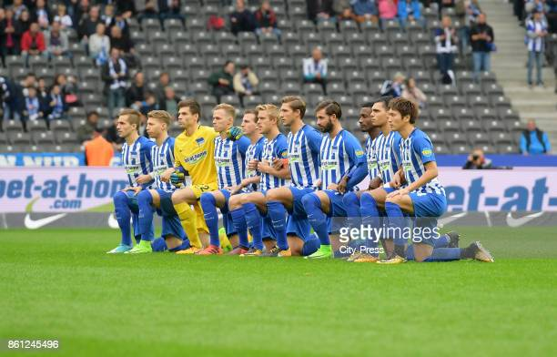 The players of Hertha BSC protest against Donald Trump before the game between Hertha BSC and Schalke 04 on october 14 2017 in Berlin Germany