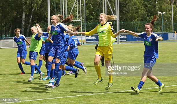 The players of Potsdam show their delight after winning the U17 Girl's German Championship final match between 1FFC Turbine Potsdam and FSV...