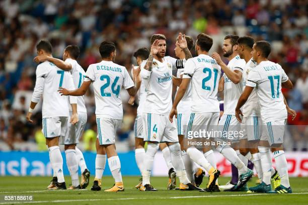 The players of Real Madrid celebrate after scoring during the match Trofeo Santiago Bernabeu between Real Madrid CF and Fiorentina at Santiago...