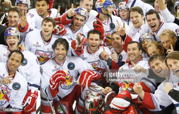 The players of Salzburg celebrate after the Red Bulls Salute Final match between EC Red Bull Salzburg and Jokerit Helsinki at AlbertSchulzEishalle on...