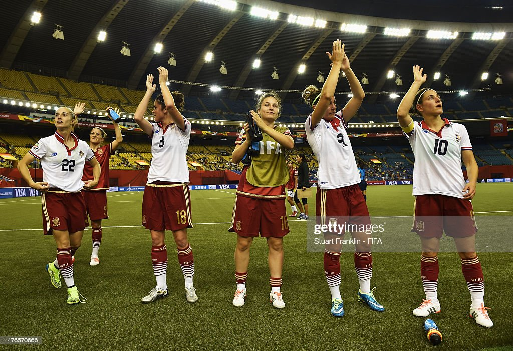 The players of Spain wave to fans at the end of the FIFA Women's World Cup 2015 group E match between Spain and Costa Rica at Olympic Stadium on June 9, 2015 in Montreal, Canada.