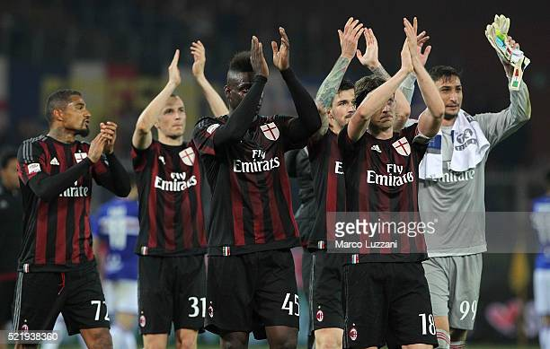 The players of the AC Milan celebrate a victory at the end of the Serie A match between UC Sampdoria and AC Milan at Stadio Luigi Ferraris on April...