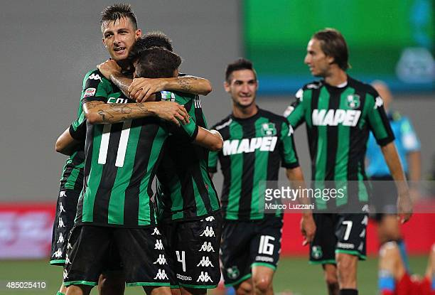 The players of the US Sassuolo Calcio celebrate a victory at the end of the Serie A match between US Sassuolo Calcio and SSC Napoli at Mapei Stadium...