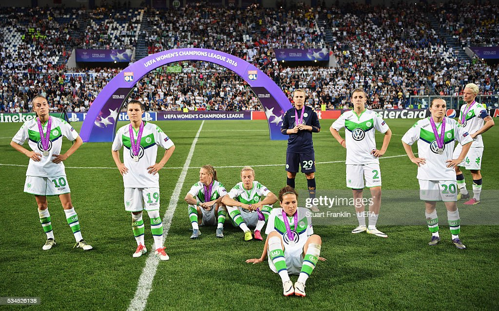 The players of Wolfsburg look dejected after losing in the penalty shoot out at the UEFA Women's Champions League Final at Mario Rigamonti Stadium on May 26, 2016 in Brescia, Italy.