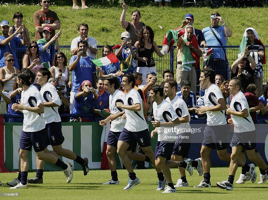 The players run during an Italy National Football Team training session on July 01, 2006 in Duisburg, Germany.